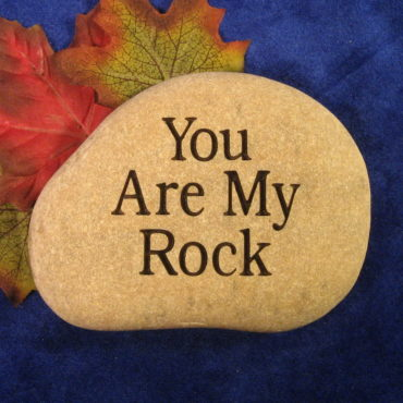 small personalized engraved stone rock it creations
